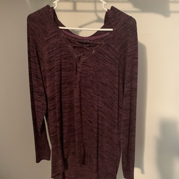 Long sleeve burgundy shirt torrid